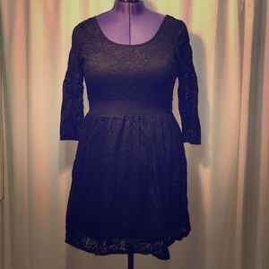 Black Forever 21 lace dress with bow tie back